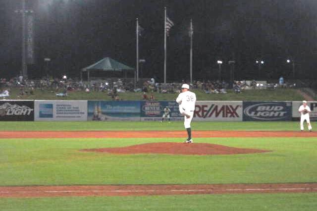 Brett Zawicki pitching