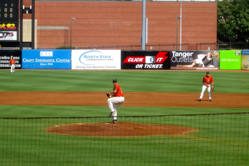 Robert Morey Pitching