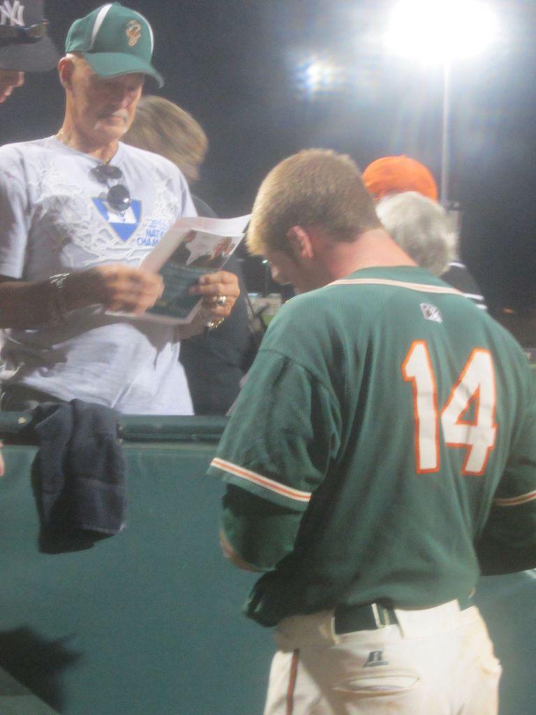 Moran Signing Autographs